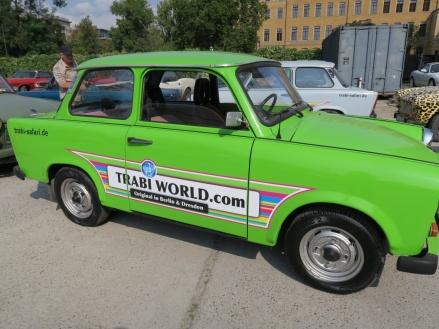 Viviendo la historia: Un paseo en Trabi por Berlin.